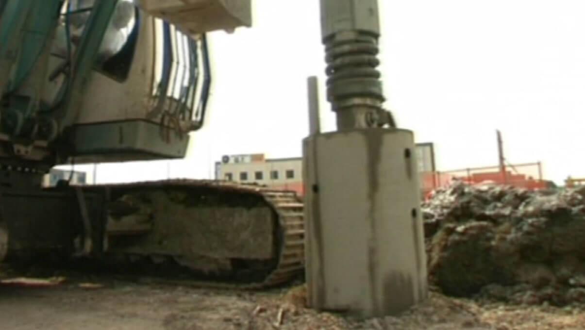 Estrazione bucket di scavo - ORZINUOVI (BS)