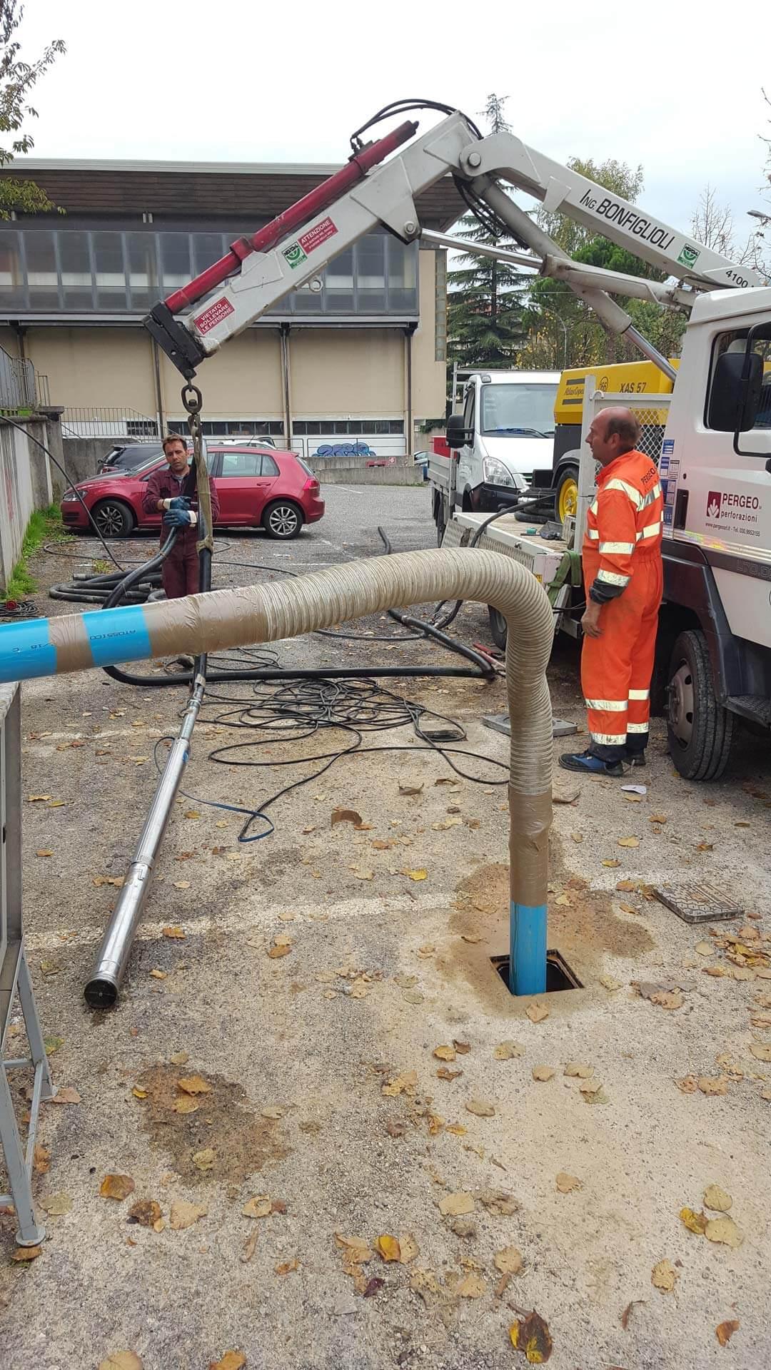 Installazione elettropompa ed esecuzione Air Lift